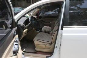 宝骏730 2014款 1.5L 手动舒适ESP版 7座高清图片