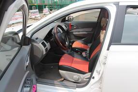 宝骏630 2013款 1.5L 手动舒适型高清图片