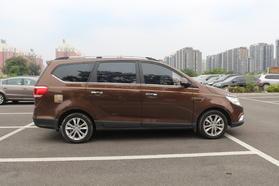 宝骏730 2014款 1.5L 手动豪华导航ESP版 7座高清图片
