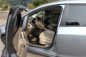 英朗 2011款 GT 1.6T 时尚运动版真皮款高清图片