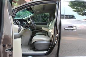 别克GL8 2013款 3.0L GT豪华商务豪雅版高清图片