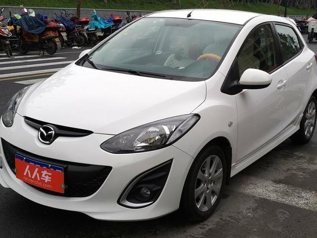 Mazda2两厢