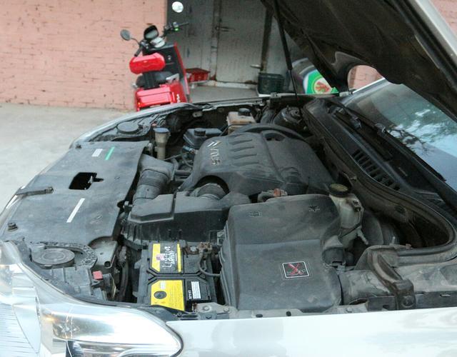 精真估提供二手车雪铁龙C5 2011款 2.3L 自动 尊驭型