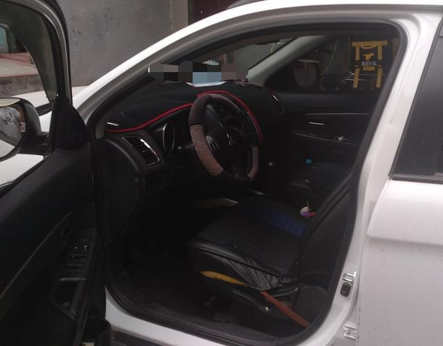 三菱劲炫 2013款 2.0L 手动 前驱 舒适版 (国Ⅳ)