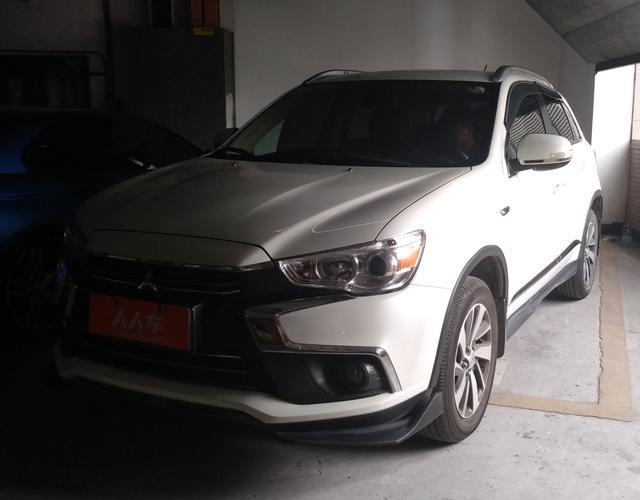 三菱劲炫 2018款 2.0L 自动 前驱 尊享版 (国Ⅴ)