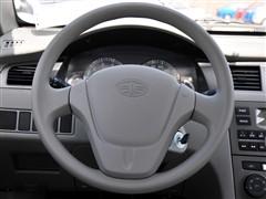 一汽 天津一汽 夏利N5 2011款 1.3MT标准型