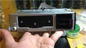 如何挑选二手车 新polo的cd装载小5身上4