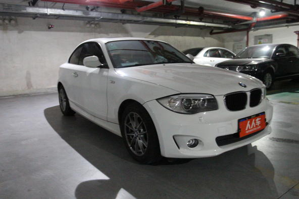 宝马1系 2011款 120i 双门轿跑车高清图片