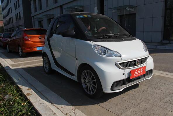 smart fortwo 2013款 1.0 MHD 硬顶冰炫特别版高清图片