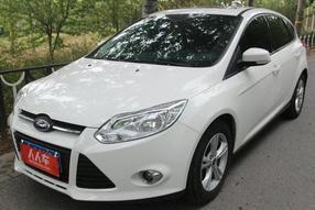 福特-福克斯 2012款 两厢 1.6L 自动风尚型
