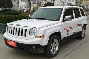 Jeep-自由客 2014款 2.4L 蛇行珍藏版