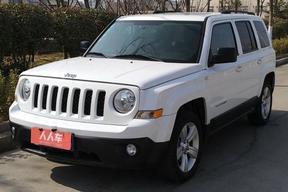 Jeep-自由客 2014款 2.0L 运动版