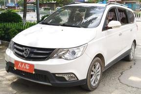 宝骏-730 2015款 1.8L 手动舒适ESP版 7座