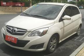 北京-E系列 2013款 两厢 1.5L 手动乐天版