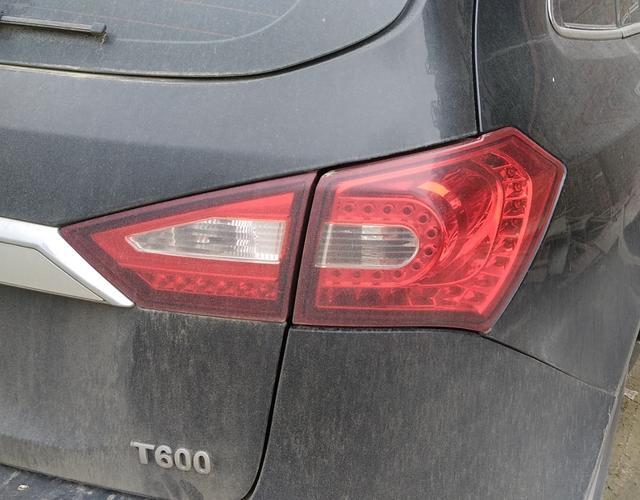 众泰T600 2017款 1.5T 手动 前驱 精英贺岁版 (国Ⅴ)