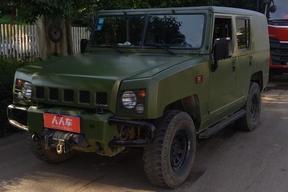 北汽制造-勇士 2013款 2.7L 五门四驱汽油版
