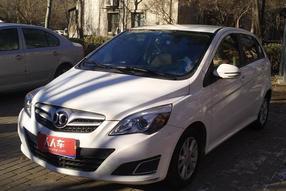 北京-E系列 2013款 两厢 1.5L 自动乐天版
