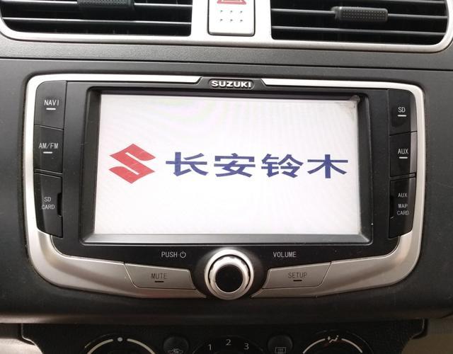 铃木雨燕 2011款 1.5L 手动 运动版影音版 (国Ⅳ)