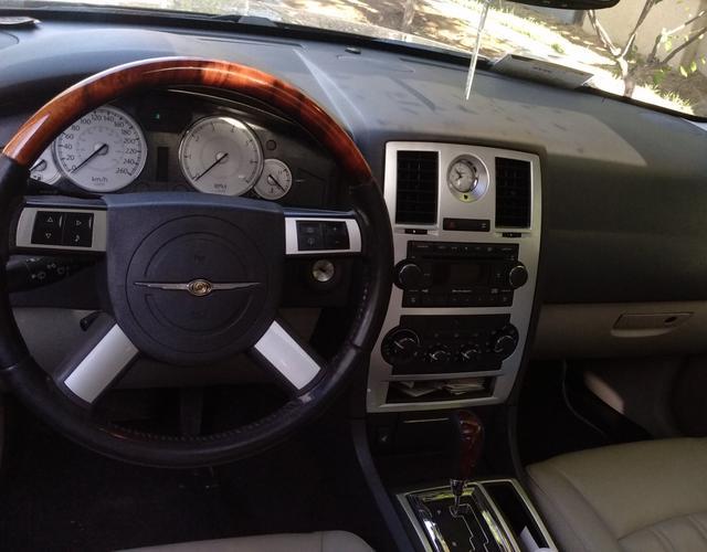 克莱斯勒300C 2007款 5.7L 自动 豪华领航版 (国Ⅳ)