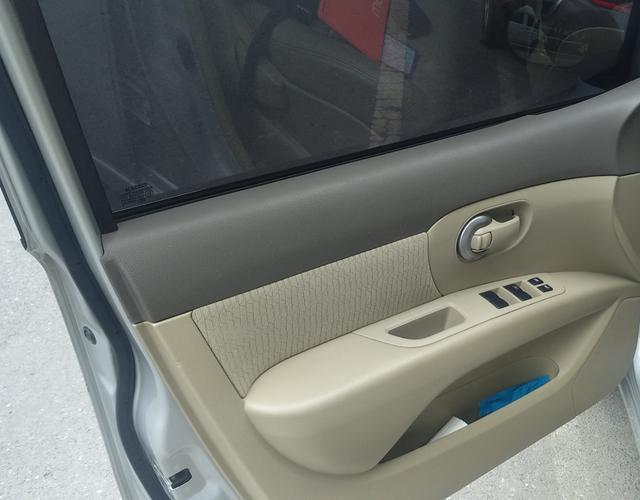 日产骊威 2010款 1.6L 自动 GI劲悦版全能型 (国Ⅳ)
