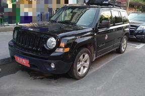 Jeep-自由客 2015款 2.0L 运动版