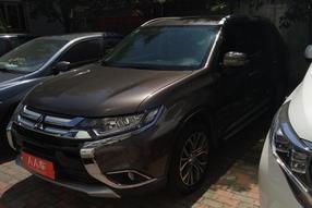 三菱-欧蓝德 2018款 2.0L 两驱荣耀版 5座