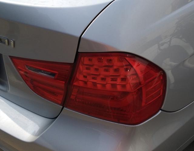 宝马3系 318i 2010款 2.0L 自动 汽油 领先型 (国Ⅳ)