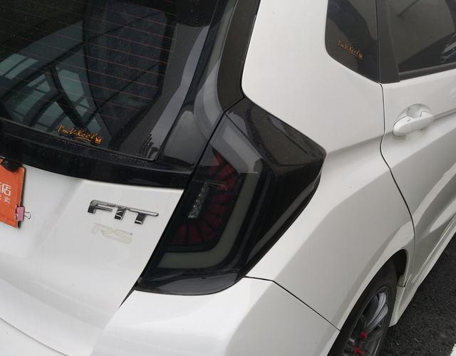 本田飞度 2016款 1.5L 手动 5门5座两厢车 舒适型 (国Ⅴ)
