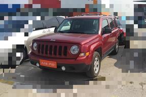 Jeep-自由客 2011款 2.4 经典版