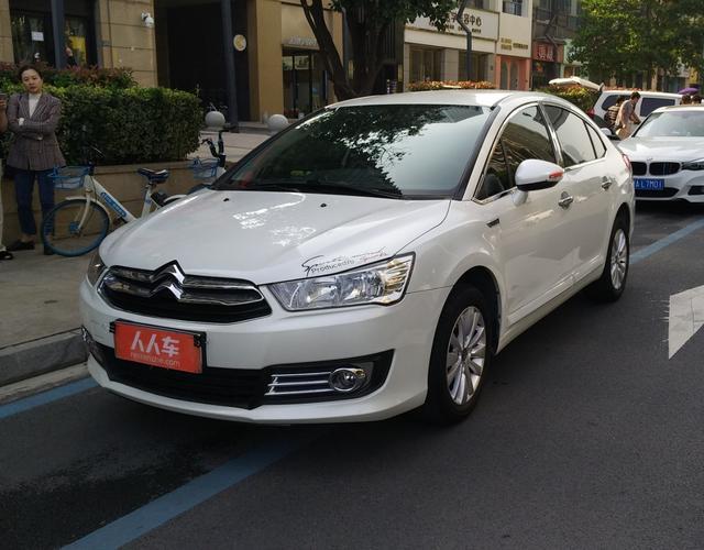雪铁龙世嘉 2013款 1.6L 手动 4门5座三厢车 品尚型 (国Ⅳ)