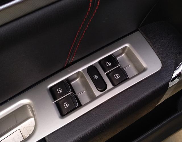 长城哈弗H6 蓝标 2017款 1.5T 手动 前驱 运动版精英型 (国Ⅴ)