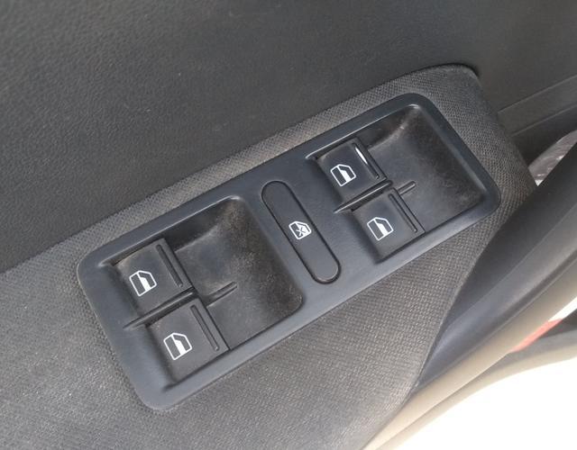大众POLO 2013款 1.4L 手动 5门5座两厢车 风尚版 (国Ⅳ)