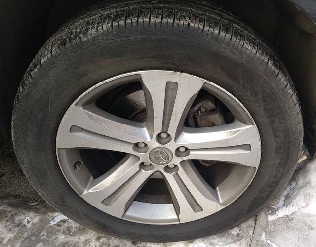 丰田汉兰达 2012款 2.7L 自动 前驱 豪华版 (国Ⅳ)