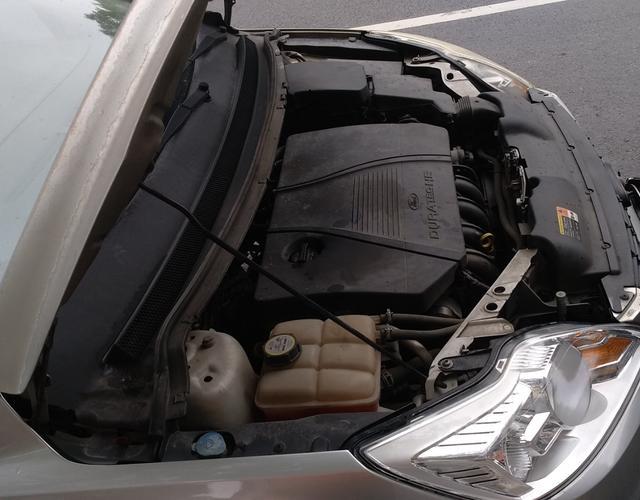 福特福克斯 2009款 1.8L 手动 三厢轿车 舒适型 (国Ⅳ)