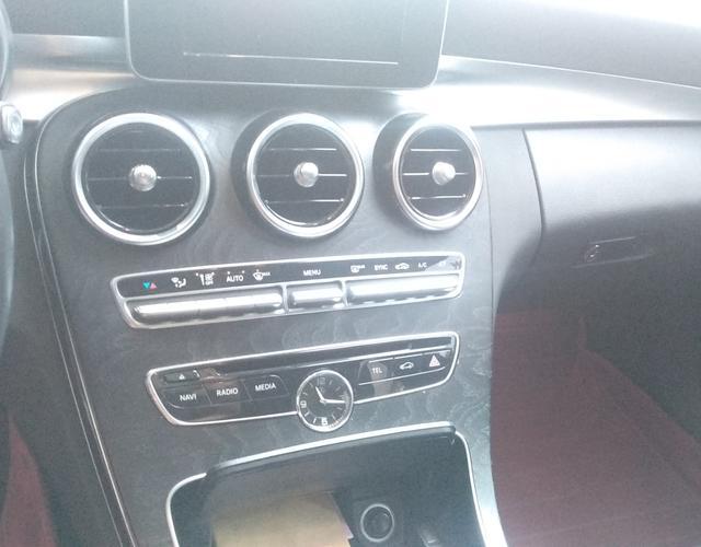 奔驰C级 C180L 2015款 1.6T 自动 运动型改款 (国Ⅴ)