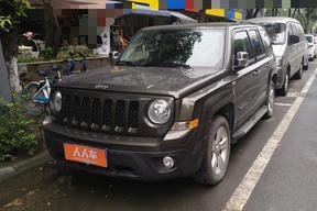 Jeep-自由客 2015款 2.4L 运动版