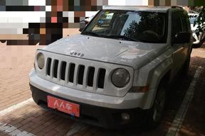 Jeep-自由客 2011款 2.4 运动版