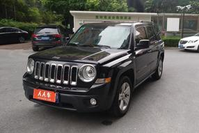 Jeep-自由客 2014款 2.0L 运动增强版