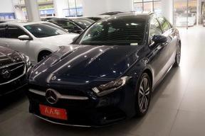 奔驰-奔驰A级 2019款 改款 A 180 L 运动轿车