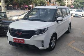 五菱汽车-五菱宏光PLUS 2019款 1.5T 手动豪华型 7座