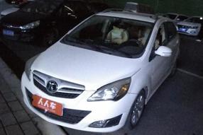 BEIJING汽车-北京汽车E系列 2012款 两厢 1.5L 手动乐尚版
