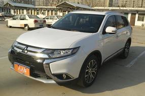 三菱-欧蓝德 2018款 2.4L 四驱精英版 5座