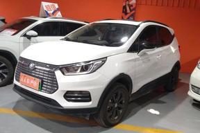 比亚迪-元新能源 2018款 EV360 智联炫酷型