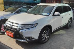 三菱-欧蓝德 2018款 2.4L 四驱尊贵版 7座