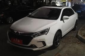 比亚迪-秦新能源 2014款 1.5T 酷黑骑士旗舰型