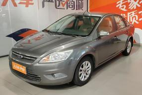 福特-福克斯 2013款 三厢经典 1.8L 自动基本型
